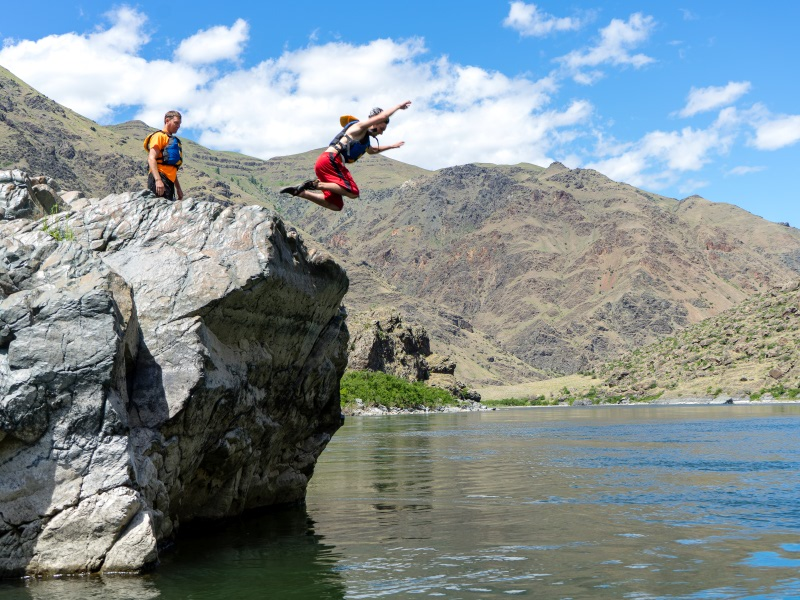 sturgeon rock in hells canyon