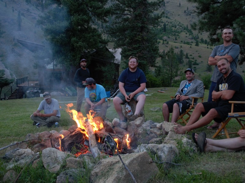 campfire at ram house lodge on the salmon river