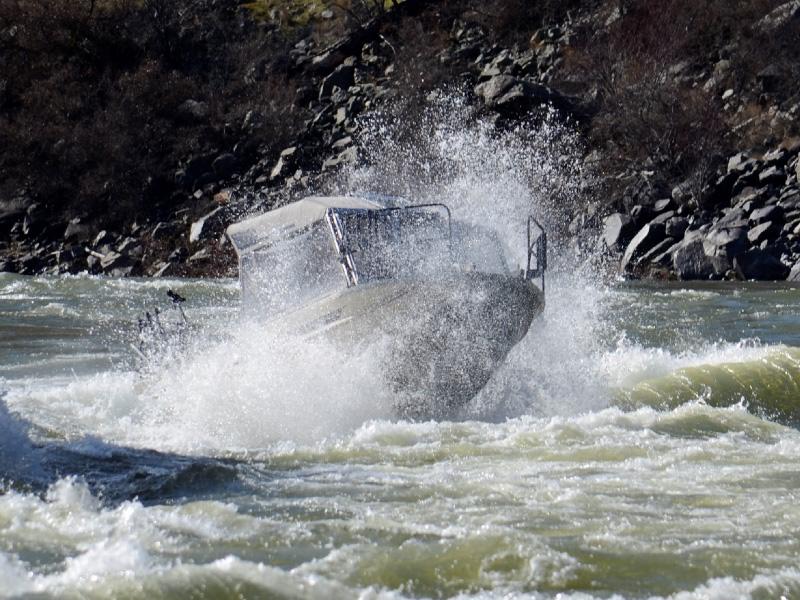 snake-river-jet-boating